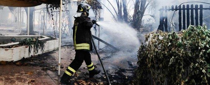 "Ragusa, indagati 15 pompieri volontari: ""Appiccavano incendi per guadagnare"""