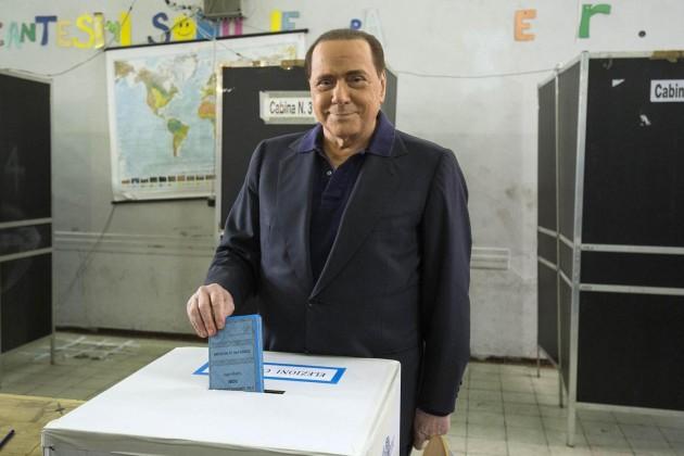 Roma: Comunali,  Silvio Berlusconi al voto