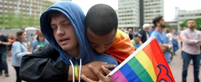 Strage di Orlando, altro che Islam: è l'omofobia a renderci complici