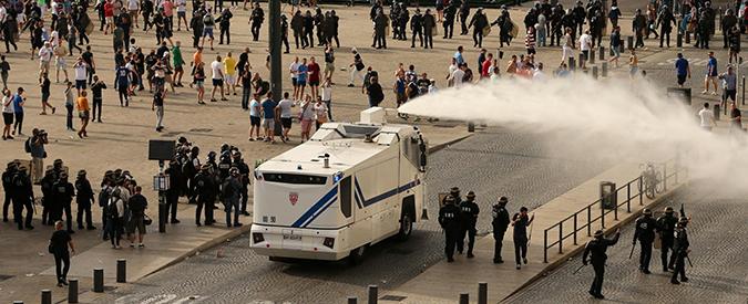 Europei 2016, tutte le falle nei dispositivi di sicurezza che hanno consentito agli ultras di devastare Marsiglia