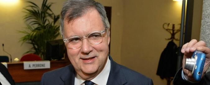 """Consob: """"Vivendi controlla Telecom"""" e lancia assist al governo Gentiloni"""