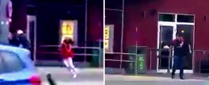 """Attentato Monaco, testimone: """"Il killer sparava ai bambini nel McDonald's"""""""