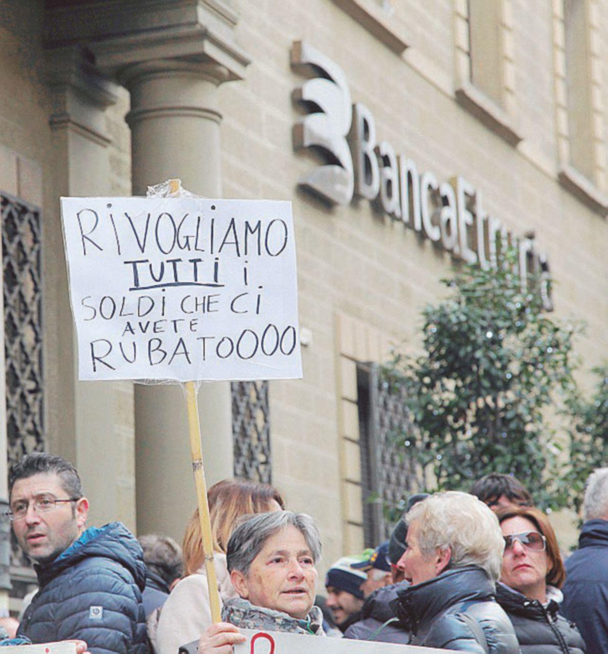 Banche, il filo da Tremonti a Padoan