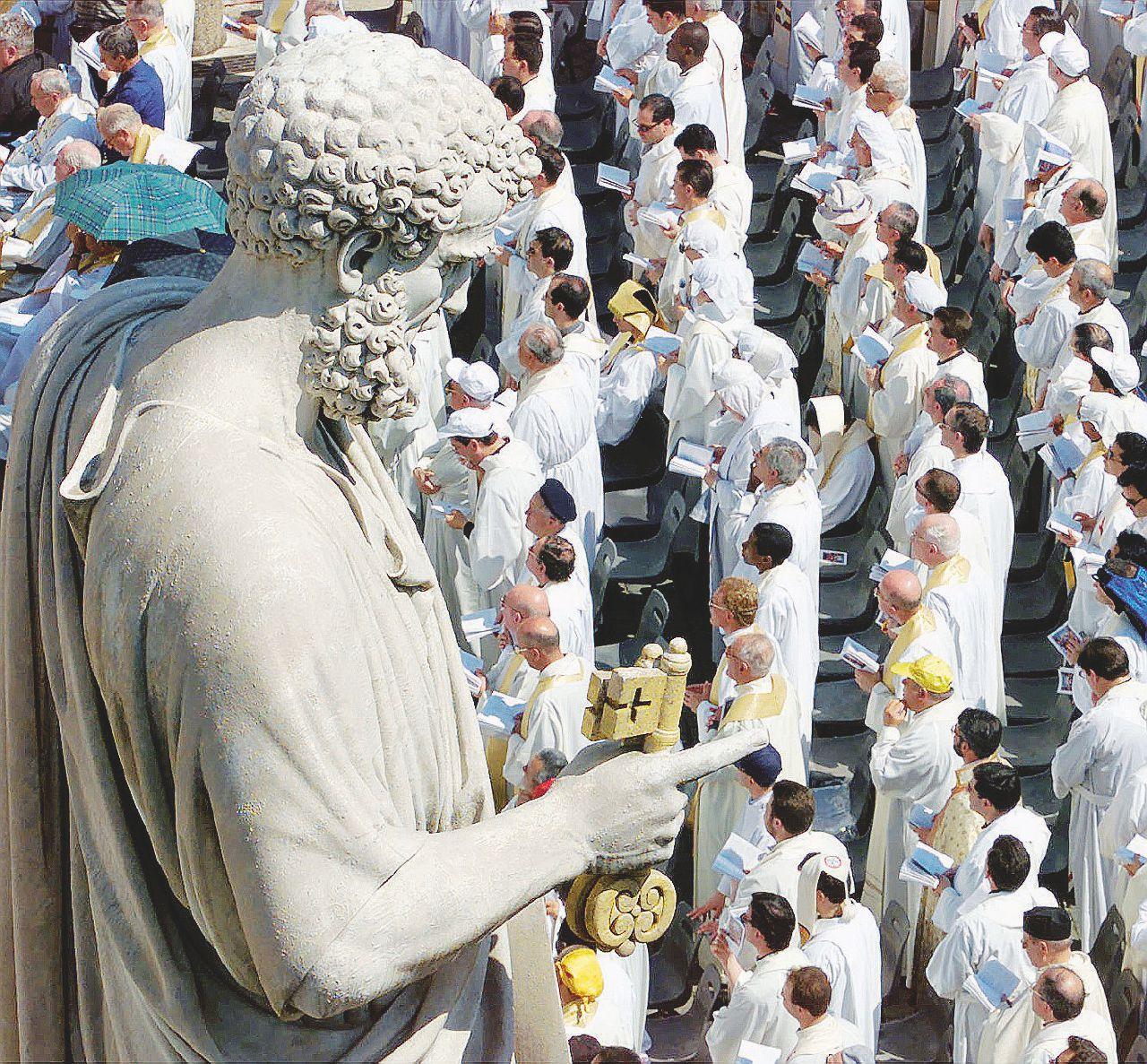 """""""Io vittima del vescovo-orco. E il Vaticano non lo punisce"""""""