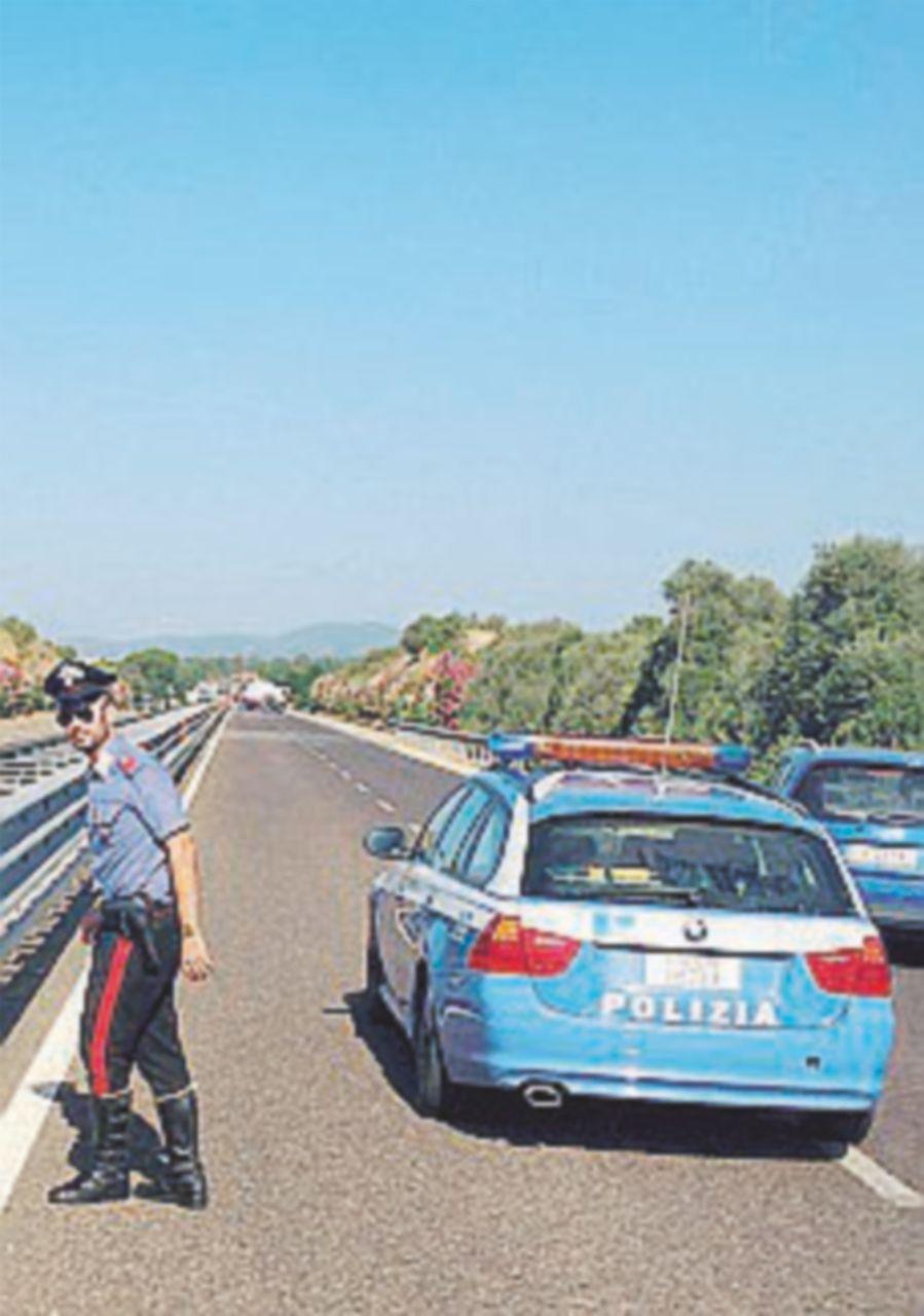 Assalto al portavalori, sparatoria in strada Colpo fallito  nel Sulcis