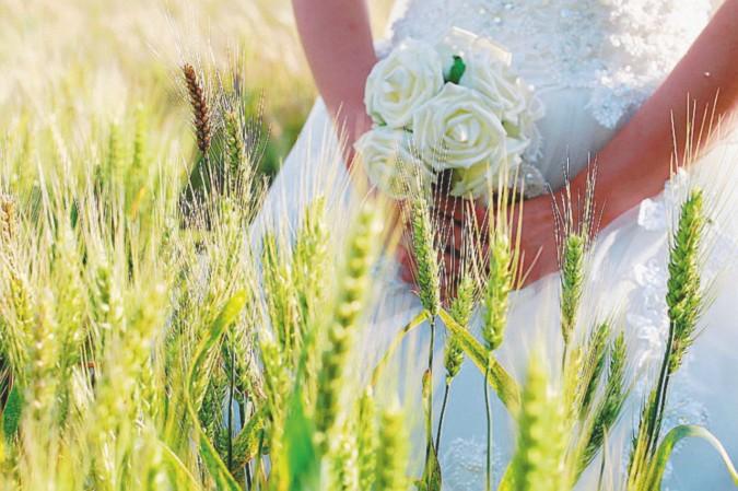 Corna durante le nozze, finisce in rissa