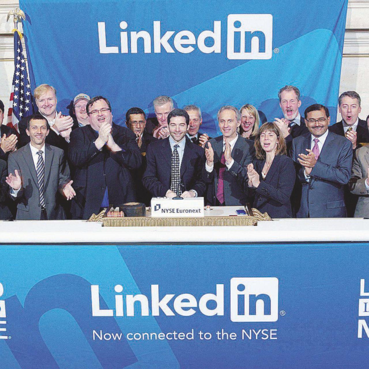 LinkedIn è lo specchio dei tempi: il Carbonio 14 del lavoro precario