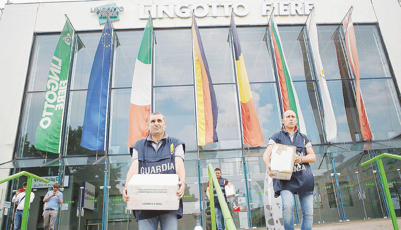 Salone di Torino, 4 arresti. È la fine di Librolandia?