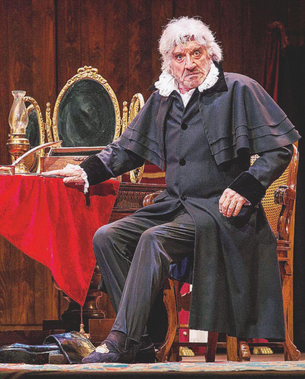 Omaggio a Shakespeare e a Kean. Il mattatore Proietti e il genio del teatro