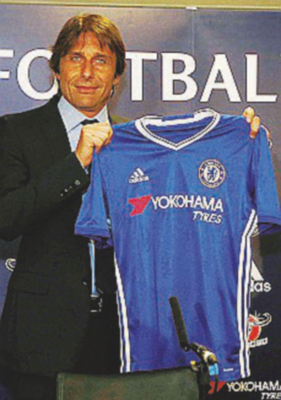 """Conte al Chelsea: """"So solo lavorare"""". Fifa, Italia decima"""