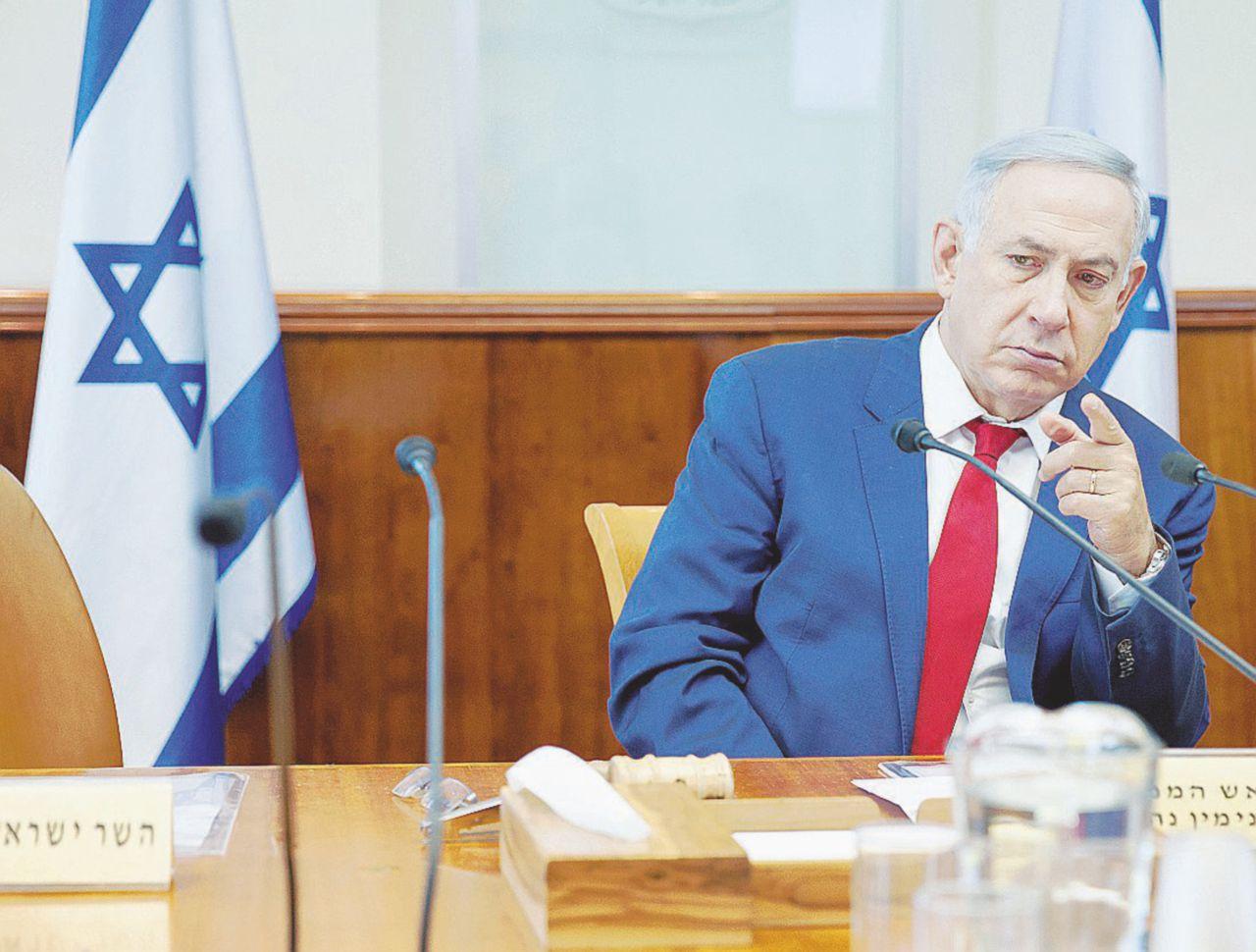 Netanyahu e i fondi sospetti: torchiato per ore l'ex capostaff