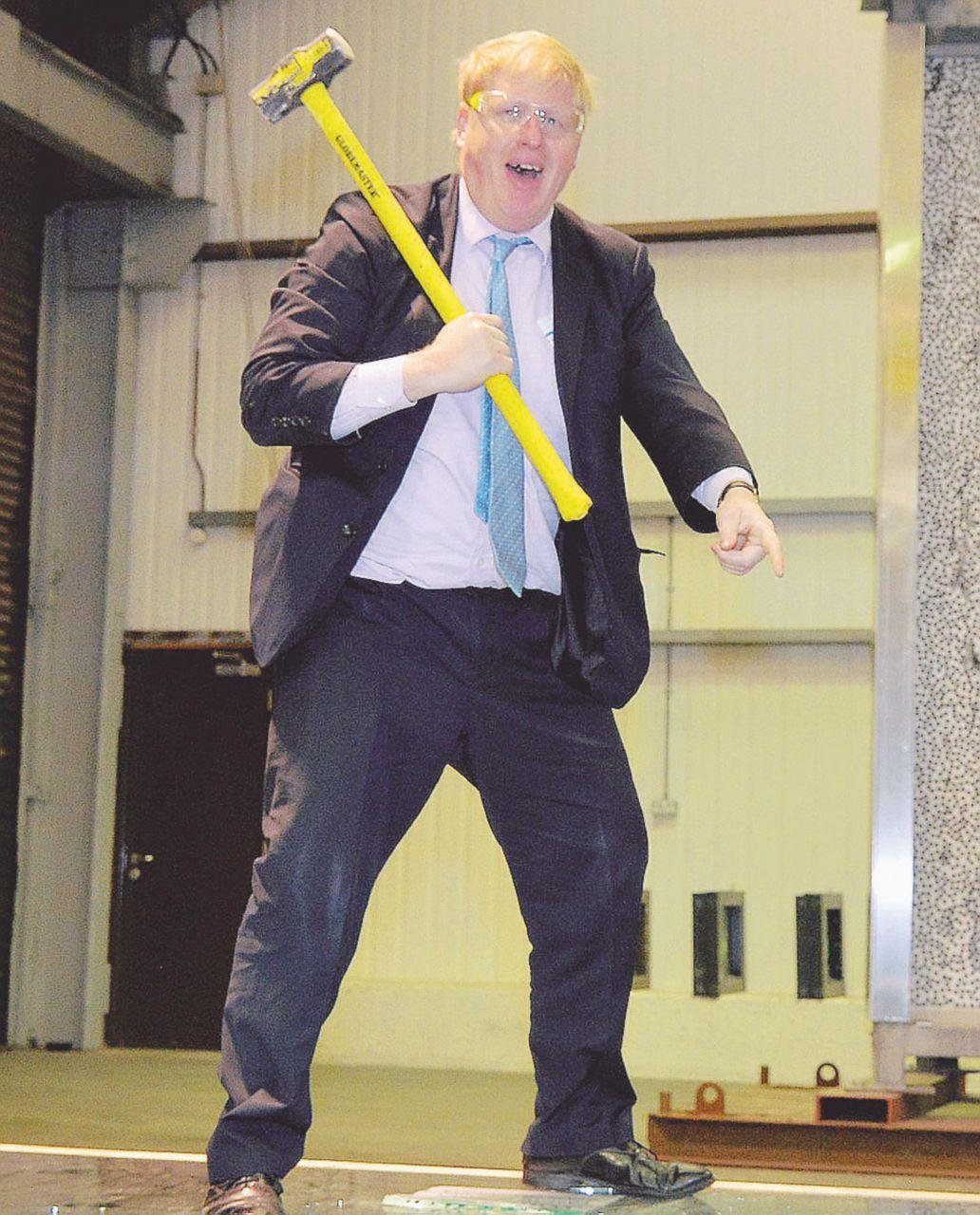 May dire Johnson. Tutti contro Boris il grande gaffeur