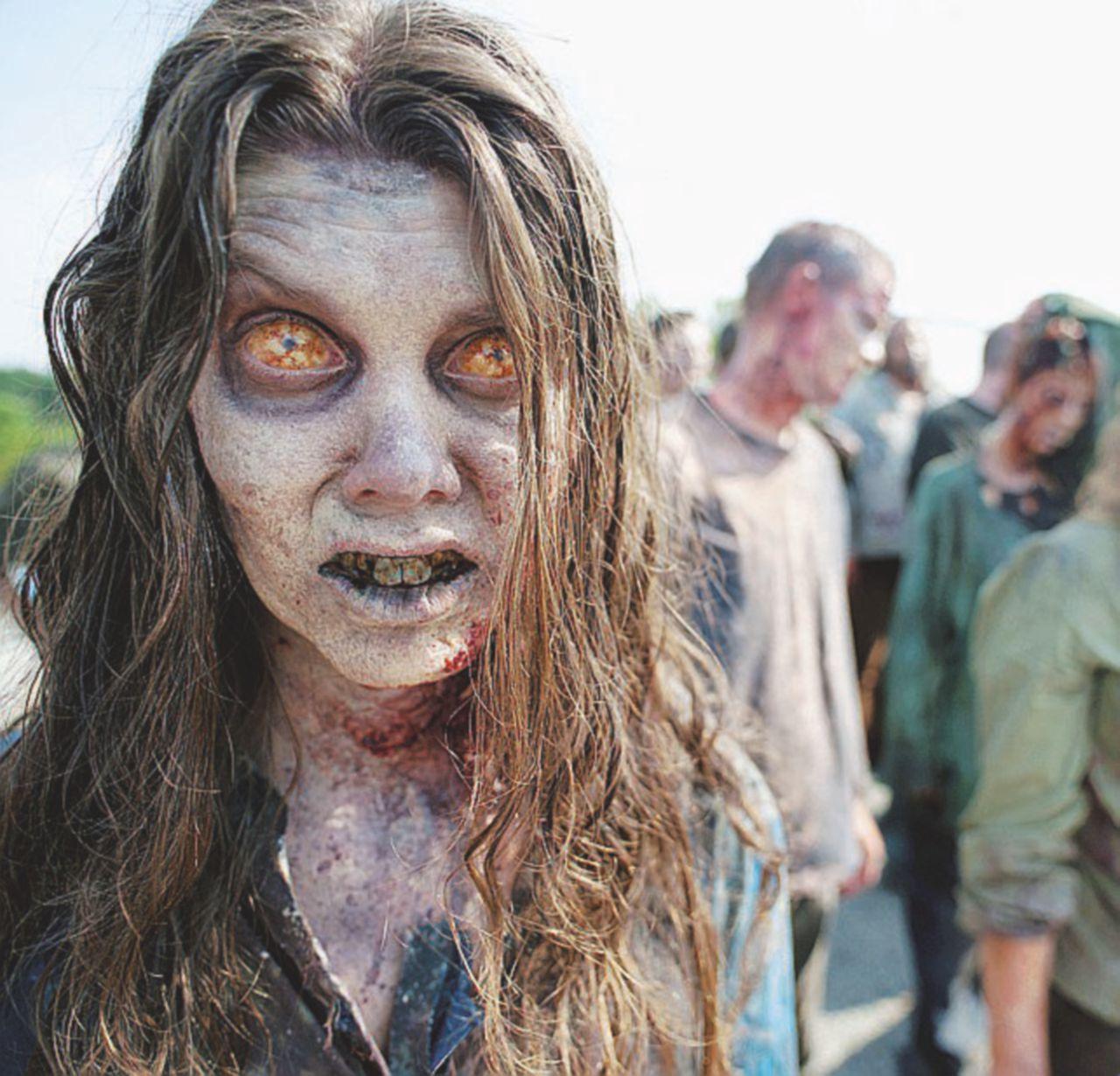 Non troppo vivi ma non ancora morti. I veri zombie siamo noi nel 2016