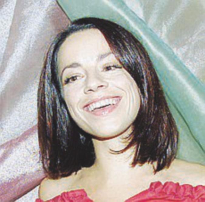 Sole, cuore, amore e 2001: il solo mantra seduttivo di Valeria
