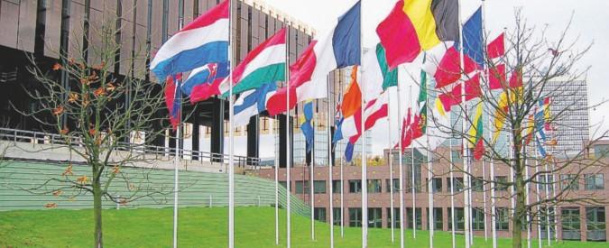 La Corte Ue inguaia l'Italia: sul bail-in decide Bruxelles