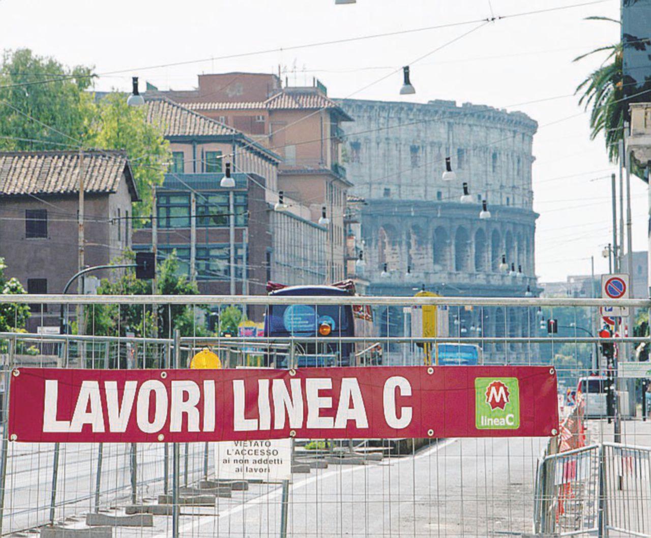 """""""La Raggi blocchi il progetto d'inversione rapida dopo San Giovanni. È un regalone ai costruttori"""""""