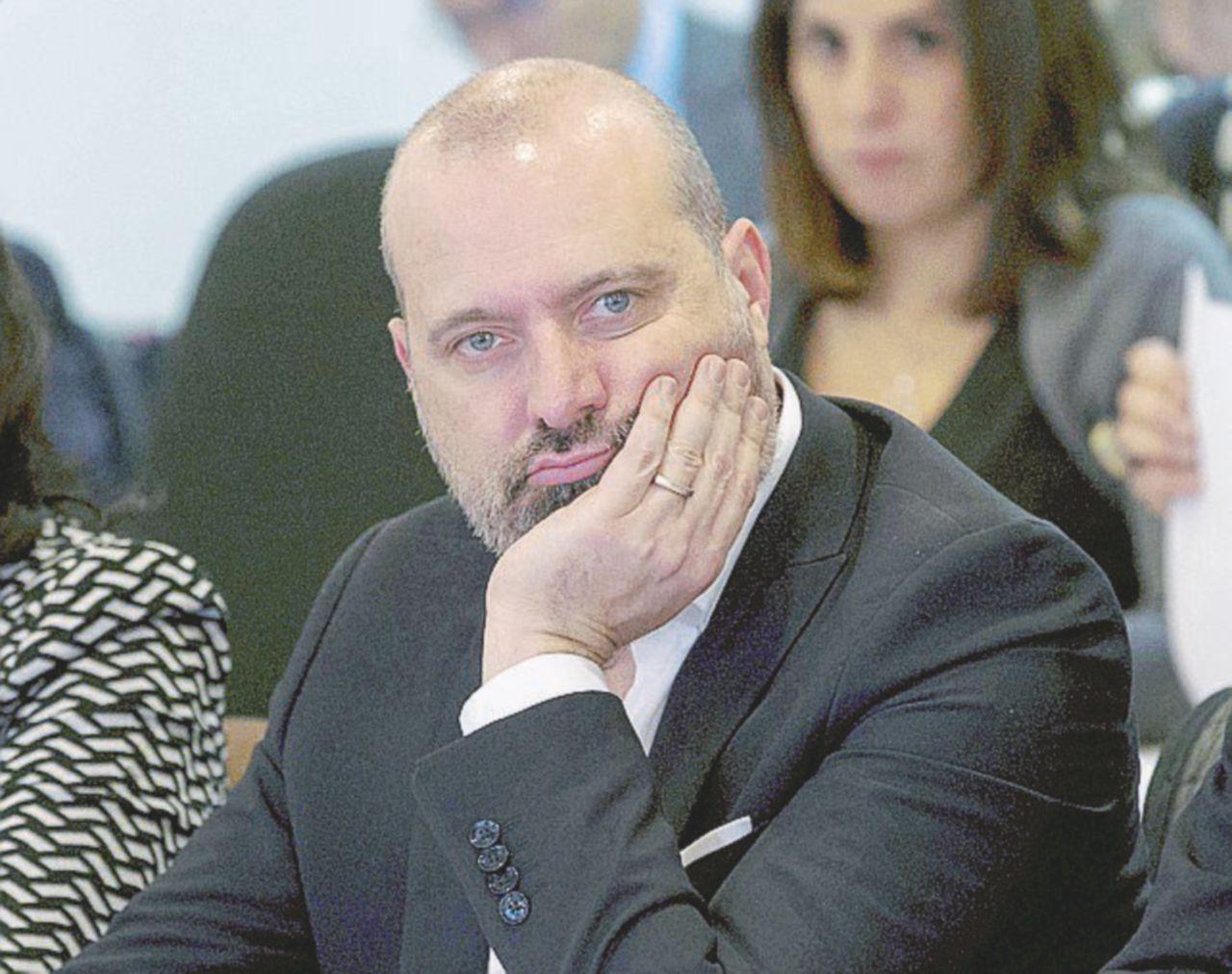 Venghino cronisti in Emilia Romagna, paga il presidente della Regione Bonaccini
