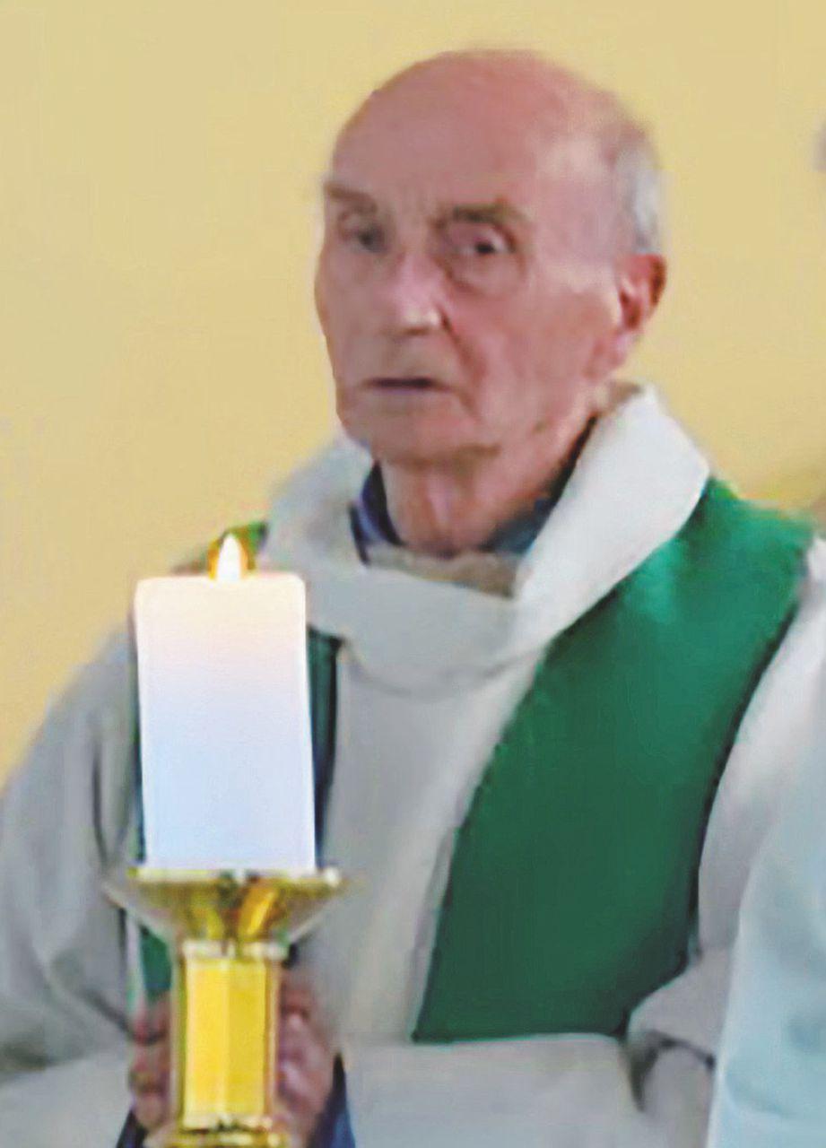 In Edicola sul Fatto Quotidiano del 27  Luglio: Pregiudicato Isis, ma libero: sgozza il prete sull'altare