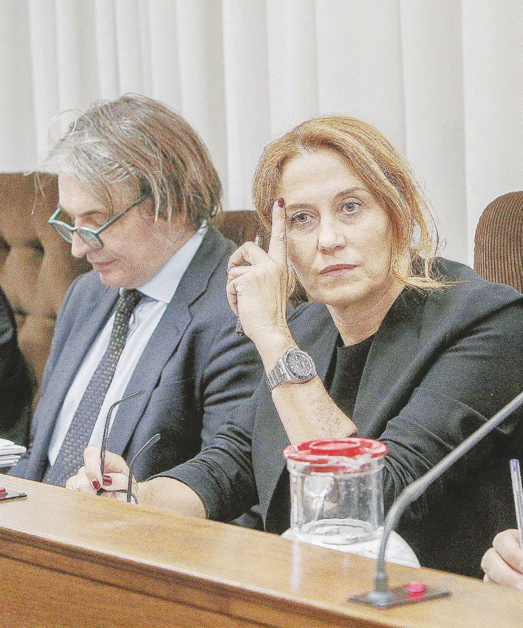 Stipendi in Rai, Campo Dall'Orto inguaia il governo