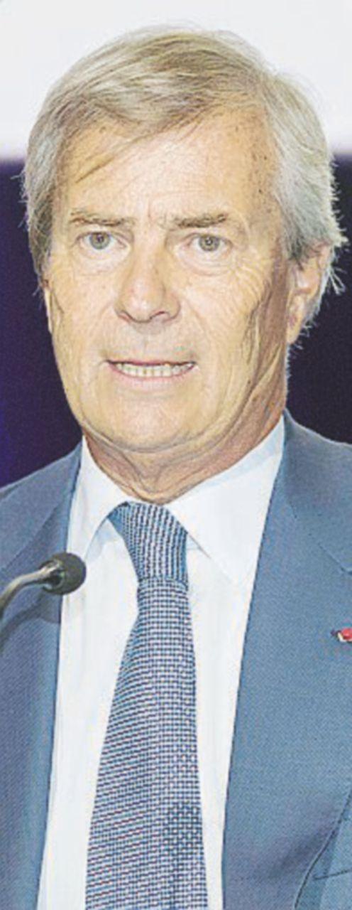 Mediaset si affida alla pietà di Bolloré