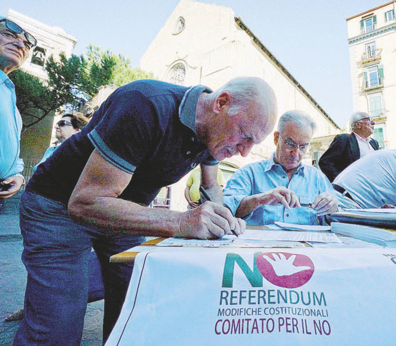 Burocrazia e firme: che lezione ci ha dato il flop delle 500 mila