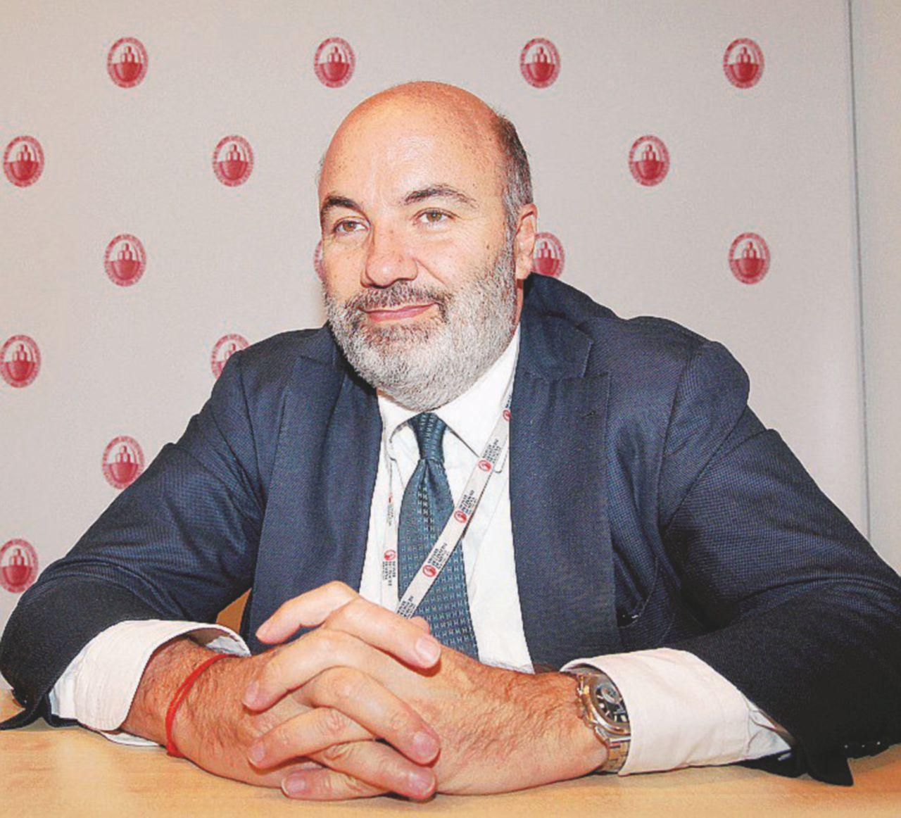 L'obiettivo: far stare in piedi Siena fino al referendum
