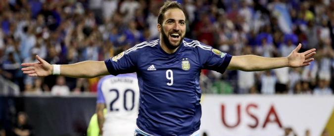 """Higuain si avvicina alla Juventus. Sky Sport: """"Già pronto il contratto"""""""