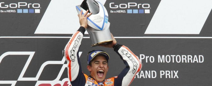 MotoGP Sachsenring, vince Marquez davanti a Crutchlow e Dovizioso. Rossi ottavo, Lorenzo 15esimo