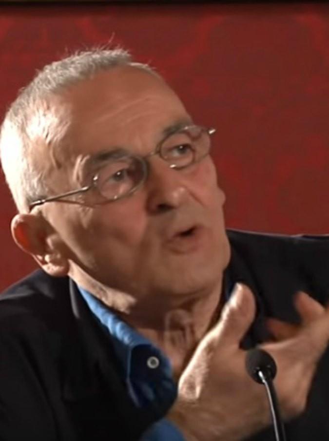 """Valentino Zeichen morto, l'intervista al Fatto nel 2015: """"Invecchiare? Inaccettabile, ma ne è valsa la pena"""""""