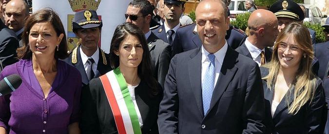 """M5s, Raggi annuncerà la giunta il 7 luglio. Ultime riunioni nel """"direttorio"""" di Roma"""