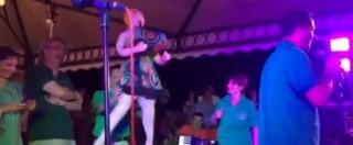 """Matteo Salvini e la Boldrini """"bambola gonfiabile"""": Assessore regionale del telefono """"anti gender"""" rideva sul palco"""