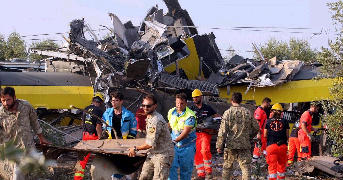"""Scontro treni Puglia, """"raddoppio linea entro il 30 giugno 2015"""". Ma i lavori, finanziati dalla Ue con 180 milioni, non sono mai partiti"""