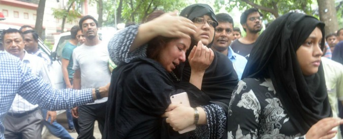 Bangladesh, a Dacca la più grave strage di civili italiani dopo l'11 settembre 2001