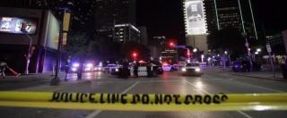 """Sparatoria Dallas, 5 agenti uccisi e 7 feriti. """"Nel mirino poliziotti bianchi"""". Cecchino era un riservista (FOTO E VIDEO)"""