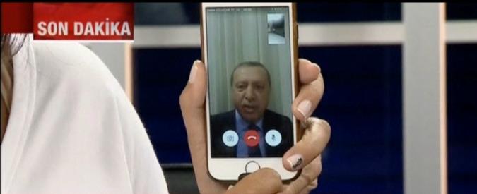 Turchia, il paradosso di Erdogan e dei suoi sostenitori che hanno usato app e social network per contrastare il golpe