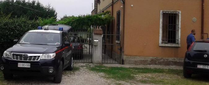 Ferrara, spari alla coppia di anziani: è ancora caccia al killer fuggito in bici