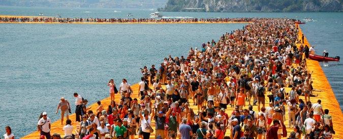 Christo, alle casse pubbliche l'opera sul lago d'Iseo è costata 3 milioni di euro. Ma 900mila saranno coperti dall'artista