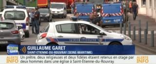 Rouen, prete sgozzato in Chiesa: Isis rivendica. Uccisi due killer, uno era agli arresti domiciliari – DIRETTA ORA PER ORA (Foto e video)