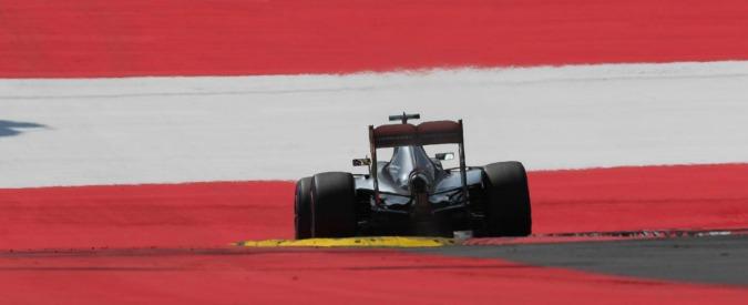 Formula 1, Gran Premio d'Austria: pole position a Hamilton. La Ferrari di Vettel è quarta, ma partirà nona