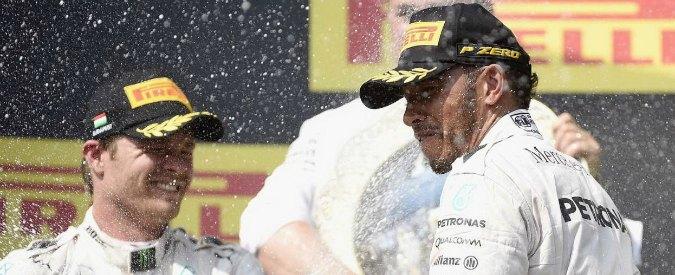 Formula 1, Gran Premio d'Ungheria: Hamilton trionfa e sorpassa Rosberg in classifica piloti. Vettel solo quarto