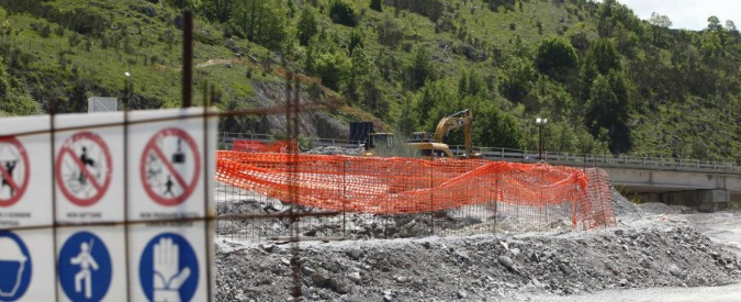 """Consumo del suolo, ogni anno il cemento ci costa 538 milioni di euro. L'Ispra: """"Ma è una sottostima"""""""