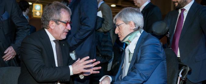 Regione Lombardia, lo strano caso del consigliere Melazzini malato al Pirellone ma operativo all'Aifa