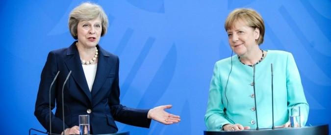 Theresa May e Angela Merkel, ecco chi ha in mano il post Brexit. Le cinque cose da sapere