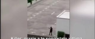 """Attentato Monaco, """"sono stato vittima di bullismo, ora vi sparo"""": la conversazione tra il killer e l'uomo che lo riprende"""