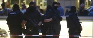 """Attentato Monaco, killer 18enne tedesco-iraniano. Polizia: """"Nulla a che fare con Isis. Si è ispirato a Breivik"""""""