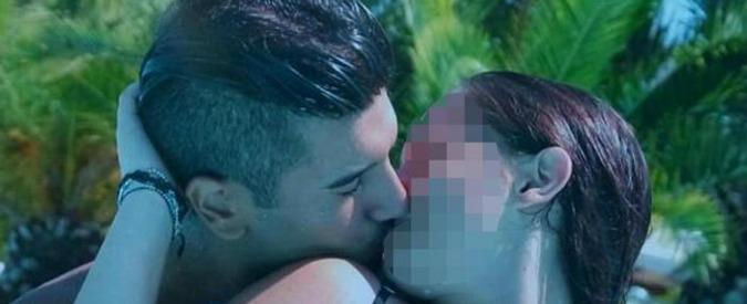 """Ancona, il fidanzato uccise i suoi genitori: 17enne condannata a 18 anni. """"Fu lei a istigare il ragazzo a sparare"""""""