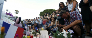 """Attentato Nizza, l'Isis: """"Era un nostro soldato"""". Il governo: """"Radicalizzato velocemente"""". La famiglia: """"Aveva disturbi"""""""