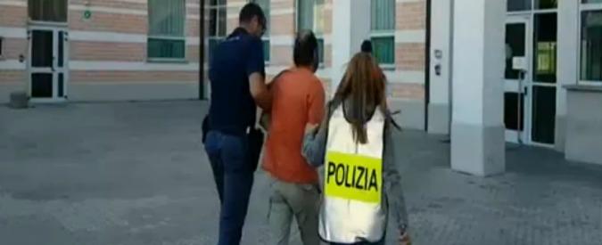 Pedofilia, sesso sadomaso con ragazzine minorenni: 49enne arrestato nel Biellese