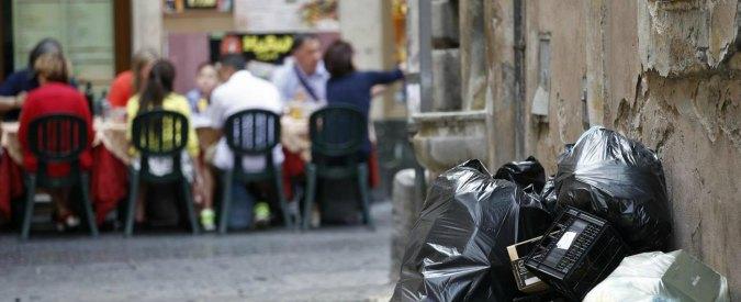 Rifiuti Roma, Anticorruzione indaga su Ama: nel mirino appalti e affidamenti