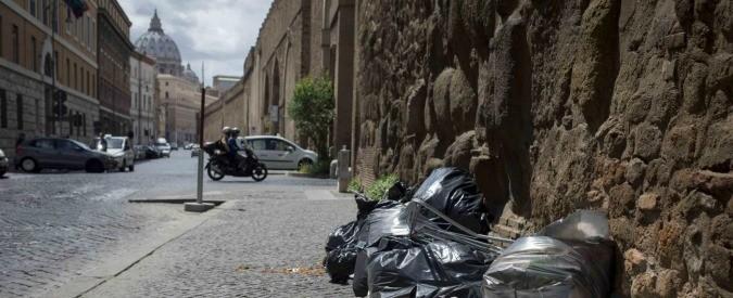 Roma, 'smart city' e 'open data' sono belle parole. Ma per rifiuti e trasporti servono sanzioni